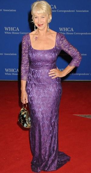 Nej outfity uplynulého týdne: Sedmdesátiletá Helen Mirren opět všem vyrazila dech!