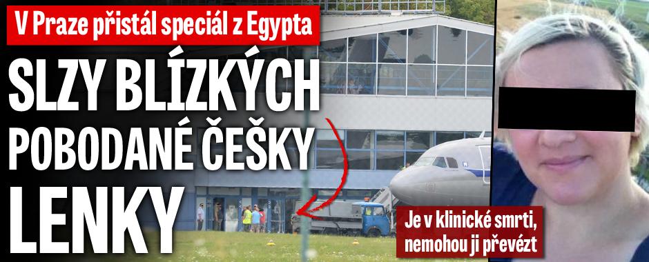 Slzy blízkých pobodané Češky Lenky: V Praze přistál speciál z Egypta