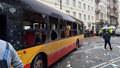 Tlaková vlna rozmetala autobus