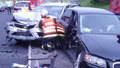 Autonehoda: Lámaly se karoserie a vzduchem letělo sklo
