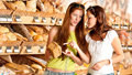 Mýty o pečivu v hledáčku odborníků