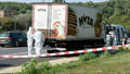 71 uprchlíků zemřelo kvůli sporu v pašeráckém gangu