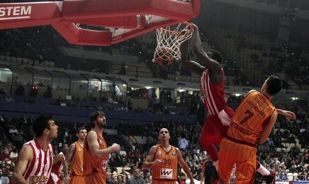 SMRT v Eurolize! Chuligáni Galatasaraye ubodali srbského fanouška