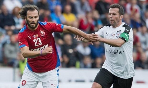 ONLINE: Sledujte reprízu finále EURO 96, Češi vedou s Němci 3:2