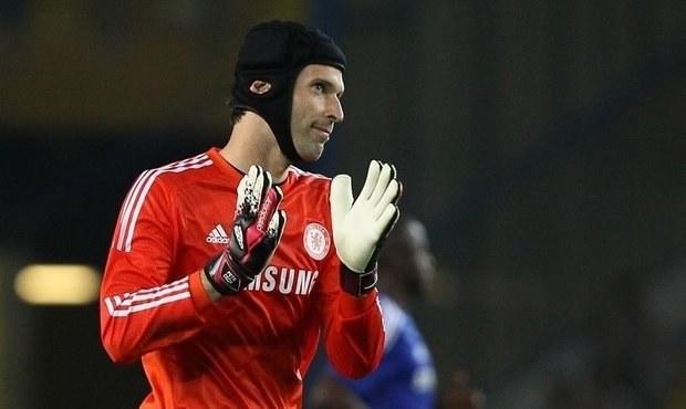 Čech řeší s agentem možný odchod z Chelsea. Co mají v plánu?