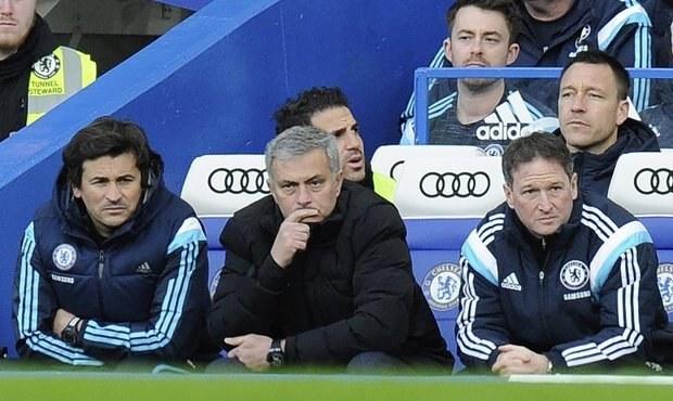 Nechutné, láteřil Mourinho. Po ostudě gratuloval soupeři v šatně