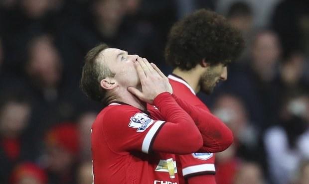 United vyhrávají, fanoušci pískají. Kritizují přihrávky na De Geu