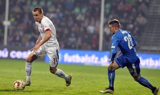 Další kaňka. Češi v prestižní bitvě prohráli na Slovensku 0:1