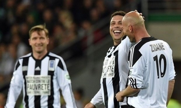 Show legend! Poborský našel Ronalda, Šmicer hrál se Zidanem