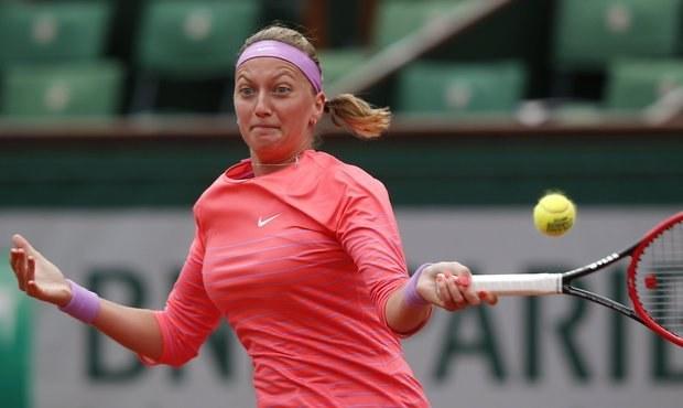 ONLINE: Kvitová bojuje ve třetím setu, postoupila Smitková
