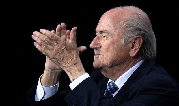 Blatter po zvolení: Bůh i Alláh pomůžou dostat FIFA zpět na vrchol
