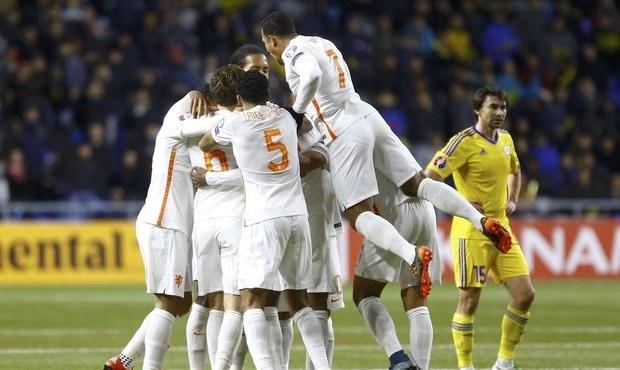 Nizozemci porazili Kazachstán 2:1. Teď doufají ve výhru Čechů