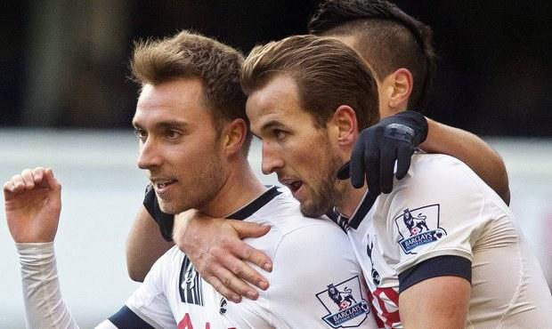 Hráči trpí na tréninku. Tottenham však nenápadně útočí na titul