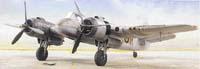"""Rozdíl mezi podvozkem s jednoduchými a dvojitými podvozkovými nohami je patrný na první pohled. Na obrázcích vidíte """"čtvrtky"""" (modely v měřítku 1:48) Bristol Beaufighter Mk.VI"""
