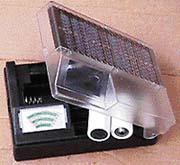 Ukázkové využití solární energie - sluneční nabíječka baterií
