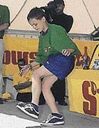 Stalls (zastavení). Pokuste se během hry uvést hakysák do klidu na špičce nohy, na koleni, na hrudi, na hlavě, na vnitřní či vnější hraně nohy