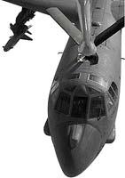 Bombardér B-52 je schopen na jedno natankování uletět 19 000 kilometrů, to mu ovšem nebrání doplňovat palivo za letu