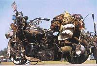 Dlouhá léta zdobený motocykl krysího jezdce
