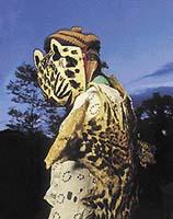Tradiční mayský tanec, v němž vystupuje postava jaguára, je součástí každoročních lidových slavností