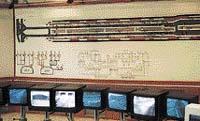 Centrální počítač v řídicím středisku Strahovského automobilového tunelu