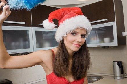 Vánoce už klepou na dveře! Jak zvládnout předvánoční úklid v klidu a bez nervů?
