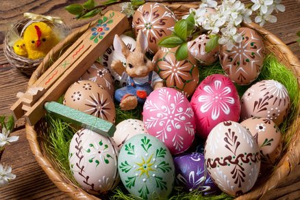 Velikonoční kraslice: Tradičně se zdobily voskem a cibulí