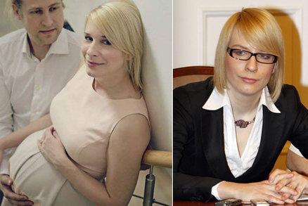 Politická průšvihářka Kristýna Kočí je matkou. Syn bude mít v rodném listu slavné datum!