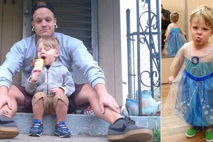 Na maškarní chtěl jít za princeznu: Tatínek mu to povolil a také oblékne sukni!