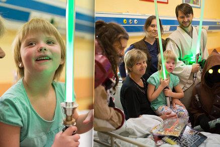 Aničce (5) zjistili cukrovku. V nemocnici ji rozveselili hrdinové ze Star Wars