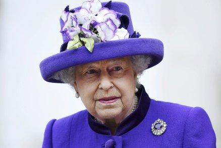 Aliso milano nude. Královna alžběta marie královny.