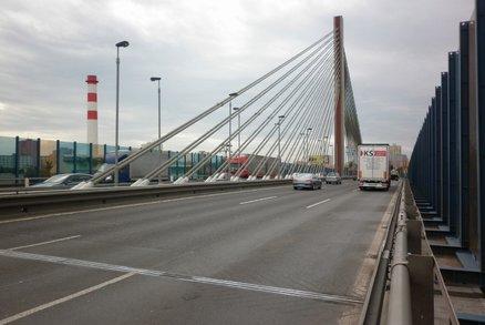 Lanový most na Jižní spojce čeká diagnostika. Už teď vykazuje známky kroucení nosné konstrukce