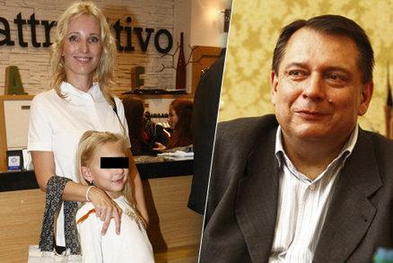 Paroubková po vyhraném soudu o dceru: Alimentům se směju, za milenku utratí víc!