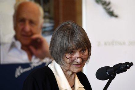 Praha se obohatí o další čestnou občanku. Bude jí disidentka a signatářka Charty 77 Dana Němcová (87)