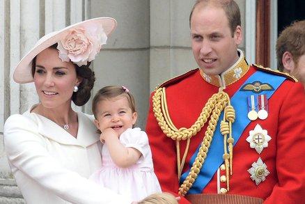 Královský porod měl přísná pravidla! Co musela podstoupit Kate i lékaři?