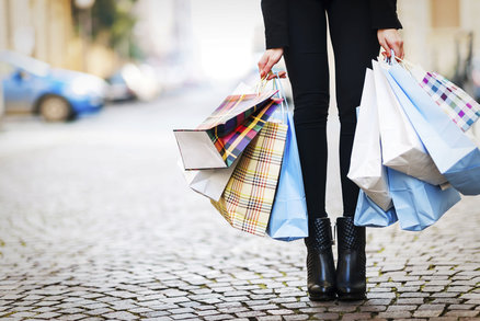 Povánoční slevy jsou zde: Kde nakoupíte nejlevněji a co bude frčet i tento rok?