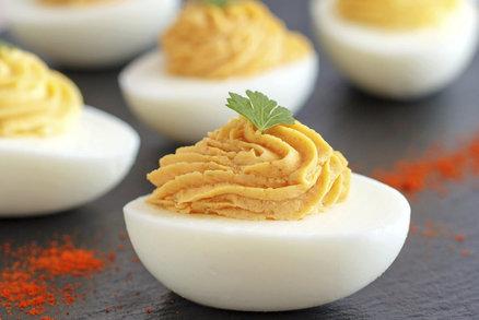 Co s vejci natvrdo? Recept na plněná vejce nejen pro děti