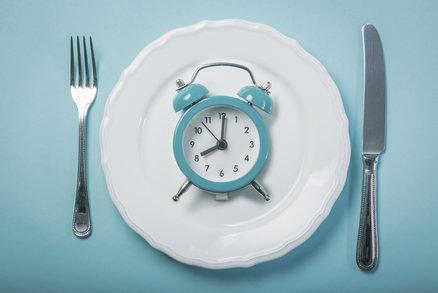 Hladovte 14 až 16 hodin v kuse! Přerušovaný půst funguje