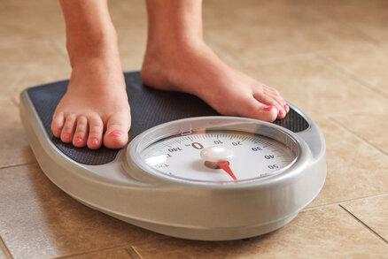 Jaká je nejhorší noční můra člověka, který se snaží zhubnout? Když pravidelně stoupá na váhu a pokaždé se objeví vyšší číslo než posledně. Přestože se zuby nehty snaží dělat vše pro to, aby šla kila dolů. Jak je možné, že člověk přibírá, i když zdánlivě dodržuje všechny zásady, které má?