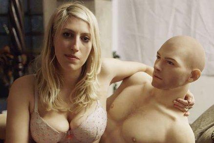 Takhle vypadá sex s umělým milencem! Prý je skvělý, měnila byste?