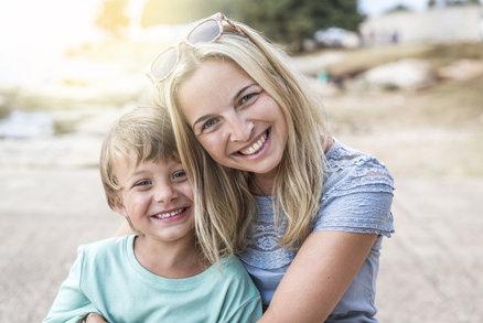 7 nejhorších věcí, které matky dělají svým synům. Neděláte je náhodou taky?