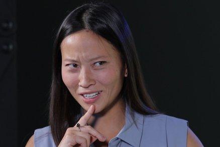 Vietnamci jsou hrozní rasisti, když ale umíte vietnamsky, jste za hvězdu, radí Čechům Do Thu Trang