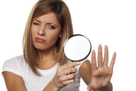 Vaše nehty vám prozradí i vážné nemoci. Pozor na tyto signály!