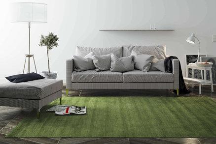 Pořiďte si kusový koberec v trendy barvách podzimu. Letos letí bordó, zelená a modrá
