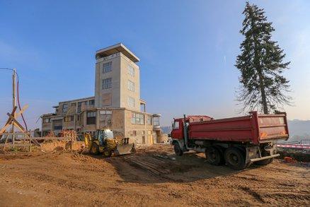 Víme, jak pokračuje rekonstrukce Barrandovských teras: Hotovo má být za dva až tři roky