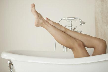 Hladké nohy několik týdnů? Vyzkoušely jsme, jestli to jde i bez bolesti