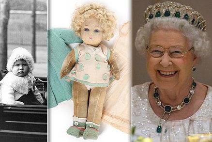 Oblíbená panenka královny Alžběty jde do aukce: Na kolik si ji cení?
