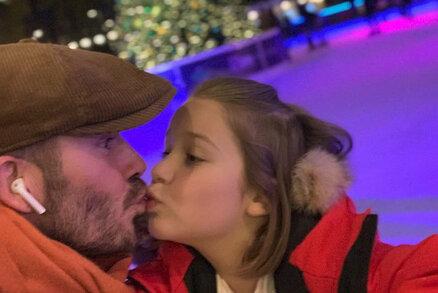 David Beckham políbil dceru na rty. Je to strašidelné, dozvěděl se!