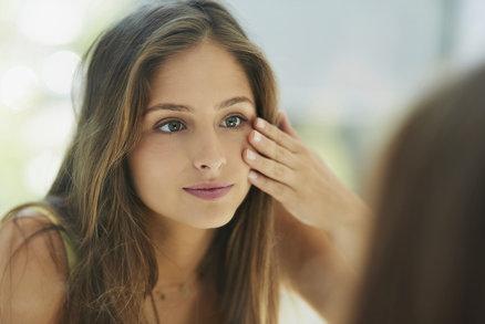 7 překvapivých důvodů, proč máte kruhy pod očima! Můžou za to alergie i špatný make-up