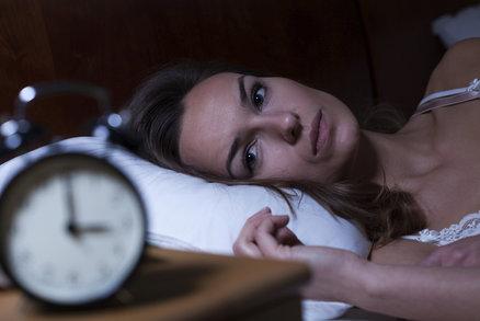Problémy se spánkem má 6 z 10 Čechů: Nejvíce nás trápí nespavost