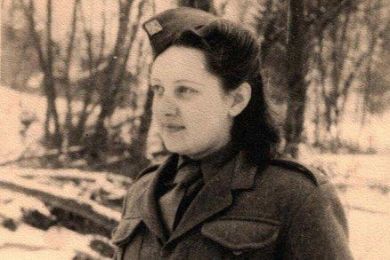 Emilie Řepíková: V 16 letech nastoupila do armády a dostala se až na Duklu